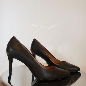 Like new 3 inch CK heels